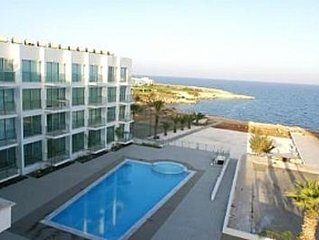 Luxury One-bedroom Apartment With Stunning Sea Views From The Lounge And Bedroom