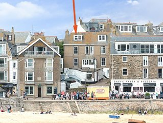 Harbour Beach Cottage is on the sea front at St Ives harbour, beautiful views fr