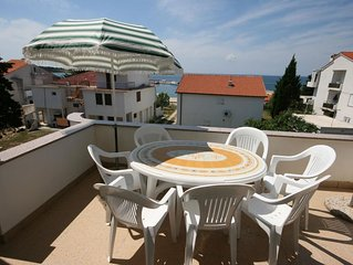 Three bedroom apartment with terrace and sea view Novalja (Pag) (A-6583-a)