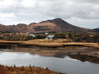 Sneem River Holiday Home, A luxury self-catering Rental with 6 Bedrooms