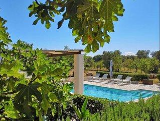 Spacieuse villa au coeur d'une propriete d'1ha a 15 minutes de la Mer et Ostuni