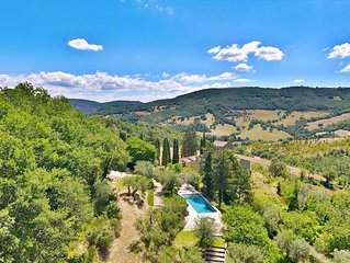 Beautiful Borgo Ospicchio with private pool, playground, snooker, peace.