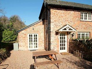 Horner Cottage, Luccombe - sleeps 2
