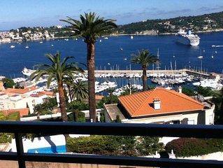 Luxury apartment, stunning sea, coastal and mountain views,swimming pool,terrac