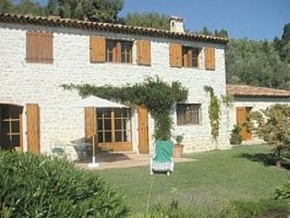 Charming very quite French Mas with beautiful view and privat pool