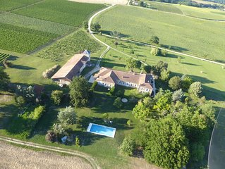 Luxury Private Rural Gite Among Vines with15m Pool and Spectacular Views