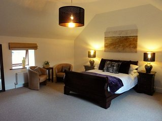 Self catering cottage nr Wisbech Fenland Contemporary barn Sleeps 4 Pet friendly