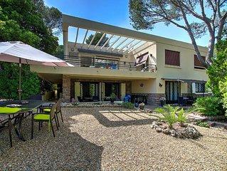 stijlvolle californische villa( 260 m² )  mooie tuin (1600 m²)800 m van de zee