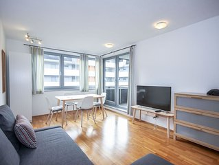 Beautiful apartment for 4 guests with WIFI, TV and balcony
