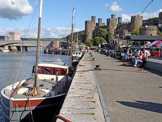 Sterling Bed & Breakfast, North Wales