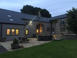 Boutique Detached Farm House With Hot Tub 14 guests