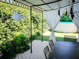 Casa indipendente con giardino e piscina  - splendido Lago di Garda