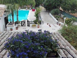 Villa da Sogno... piccolo paradiso , adatta ad ogni tipo di vacanza locata tra N