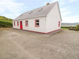 Birds Cottage, CHAPELTOWN, COUNTY KERRY