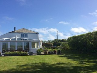 Trevanger Cottage village location surrounded by stunning countryside nr the sea