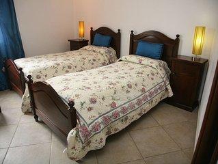 Camera 3 doppia con due letti singoli, con bagno privato