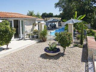 Luxury couples gite near Aubeterre Sur Dronne, South West France