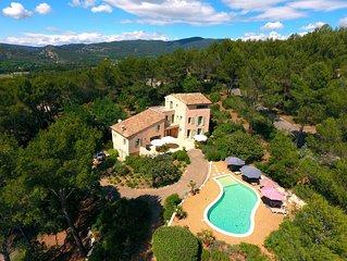 Grande villa, Résidence fermée, piscine chauffée, Wifi,piano, Lavandes,Lourmarin