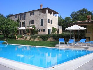 Villa With Pool in stunning country, only 20 Mins to the Sea, free wi fi