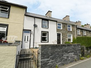 2 Holland Terrace, TANYGRISIAU