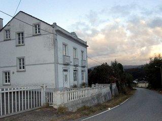 OFERTA ESPECIAL! Casa rural de 4 habitaciones a 3km de la playa
