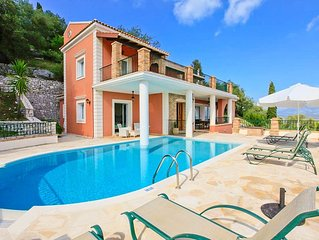 Villa Emilios: Large Private Pool, Sea Views, A/C, WiFi