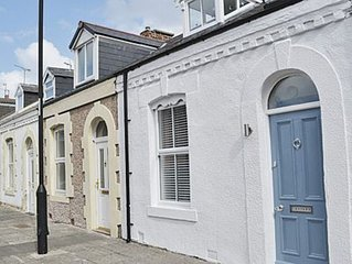 2 bedroom accommodation in Cullercoats, near Tynemouth