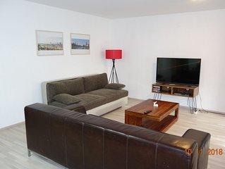 Große, zentral gelegene, ruhige 2 Zimmer Wohnung in der Tübinger Innenstadt