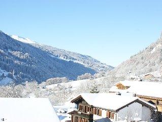gemütliche 4 1/2 Zimmer-Maisonettewohnung mit Arvenstube u Talsicht in Klosters
