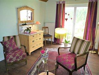 Ferienwohnung, 80qm, Garten, 2 Schlafzimmer, max. 4 Personen