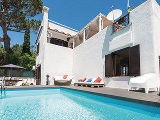 Schones Ferienhaus mit Garten und weiter Aussicht aufs Meer
