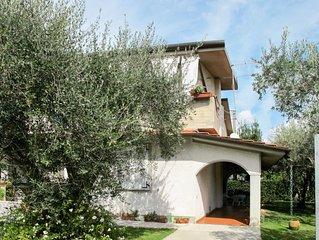 Ferienwohnung Casa Bernardini (MAS210) in Marina di Massa - 3 Personen, 1 Schlaf