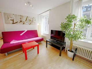ZH Keita - Stauffacher HITrental Apartment