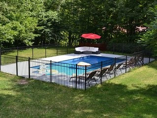 Farmhouse with Heated Pool Minutes to Hunter Mountain