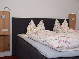 Neu renovierte, gemütliche Ferienwohnung 'Dahoam' mit eigener Dachterrasse!