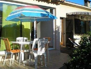 Ajaccio dans villa proprietaire piscine location 2 a 5 personnes 1 a 2 chambres