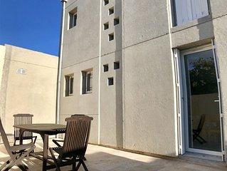 Villa contemporaine au bord de mer à Carro