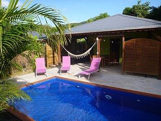 Kaz a Coco, Villa Verte avec piscine privée, 2 chambres, 2 sdb