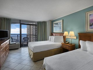 Beautiful Deluxe Angle Oceanfront Suite + Official On-Site Rental Privileges