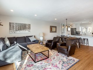 Remodeled, 4 BR(2 King), 3.5BA, Free Shuttle, Min to Mtn