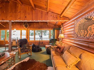 Waterfront Moose Cabin on Lake Colby, Saranac Lake, ideal setting year-round