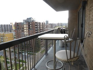 Monthly, Downtown Beautiful 2 bedrms, 1.5 bathrm, Fully Furnished,Quiet Location