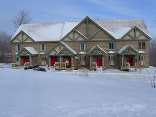 Jay Peak Heaven, 4 bedroom 3.5 bath North Village Townhouse