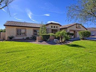 Amazing North Phoenix -Glendale Luxury 4 Bedroom Home w/ Pool & 3-Car Garage