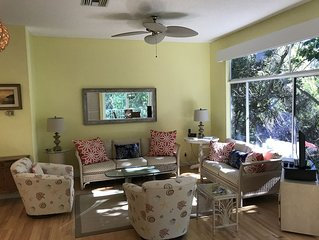 Sea Oaks Resort Villa: Beach Club, Pools, Tennis, Marina, Restaurants, Tiki Bar!