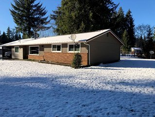 Cozy, 3 bedroom home- ideal for couples or families