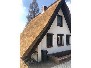 Gemütliches Ferienhaus mit Kamin in herrlicher Lage direkt an der Ostsee-Lagune