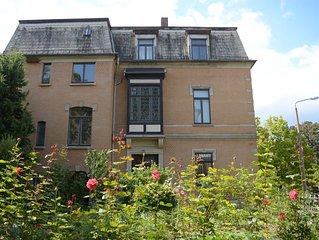 Komplette historische Stadtvilla mit Garten im Zentrum für Gruppen/Familien