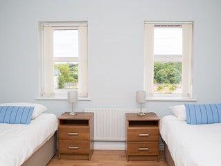 Superior 2 Bedroom Apartment - The Trump Suite