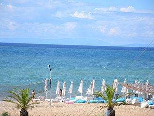 Neu Modernisierte Ferienwohnung direkte Strandlage zu vermieten